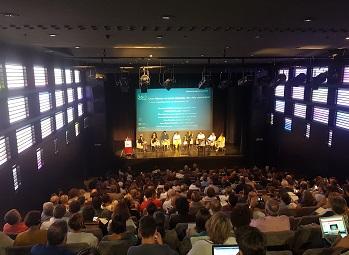 Ampli consens perquè els ajuntaments impulsin polítiques d'Educació 360