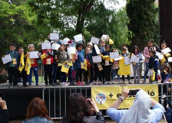 Nens i nenes de Sant Andreu es graduen pels aprenentatges adquirits més enllà de l'escola