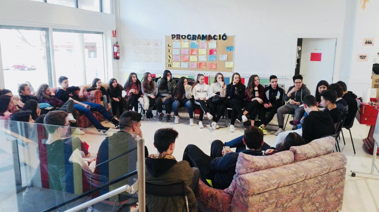 Esfera_Jove_Marianao_Educació360