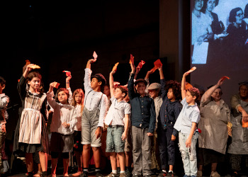 Cal una gran dosi d'educació en l'art i educació a través de l'art per reconstruir la ciutadania, des de l'equitat