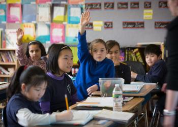 City Connects, 20 anys reduint les desigualtats en alumnes vulnerables dels Estats Units
